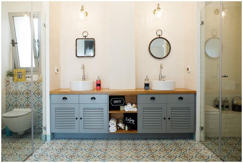 למעלה כמו בקטלוג: פתרונות אחסון חכמים שיפנו לכם מקום באמבטיה | בניין ודיור BF-59