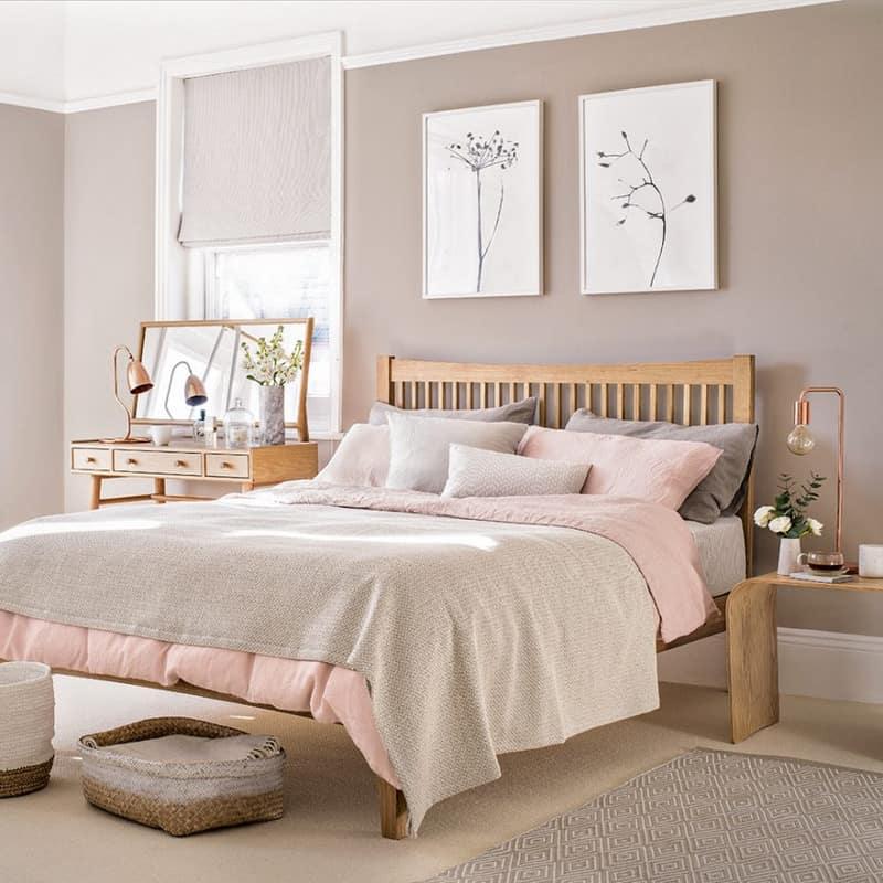 Sumptuous Bedroom Inspiration In Shades Of Silver: בחירות 2019 בחדר השינה