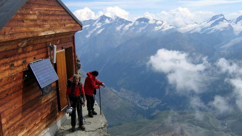 בית על צלע הר