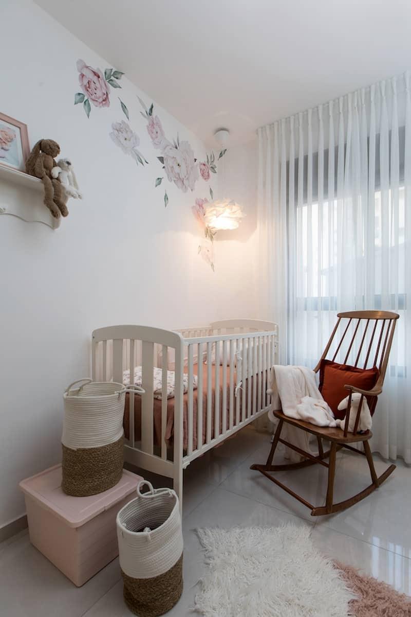 חדר ילדה מתוק רך שמנת