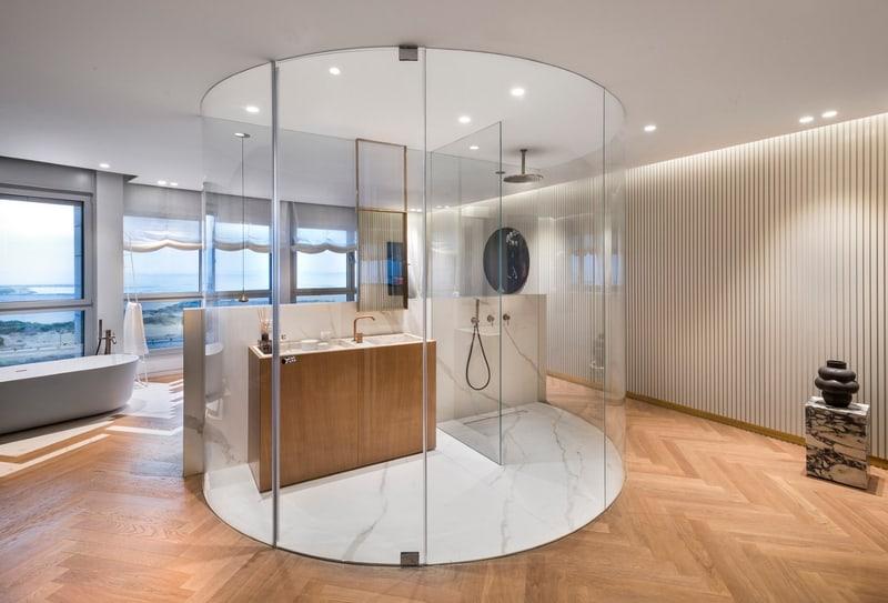 מקלחון מעוצב