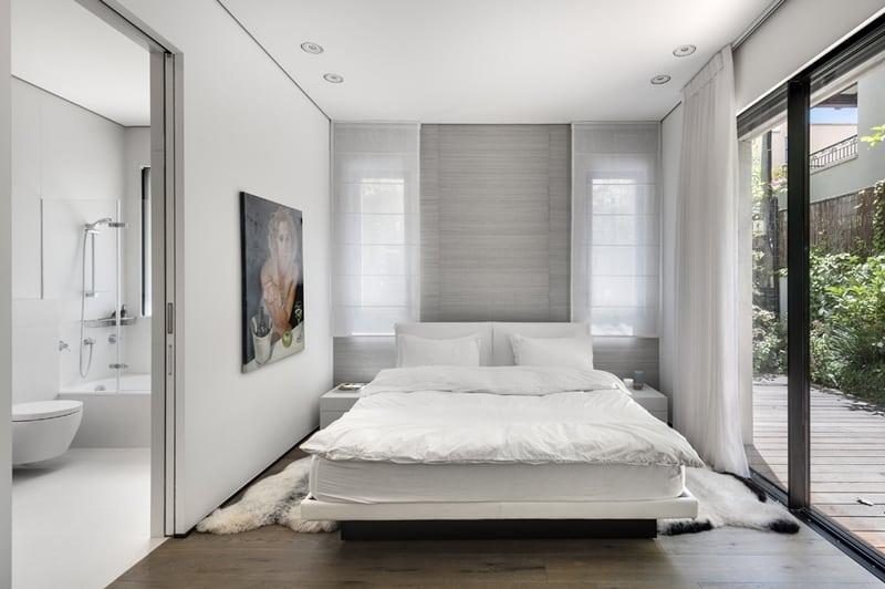 חדר שינה לבן אפור